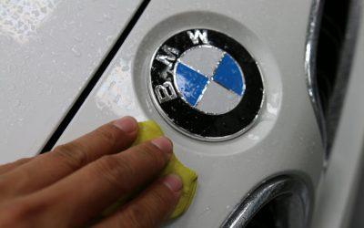 Hướng dẫn sử dụng đất sét tẩy bề mặt sơn xe đúng cách