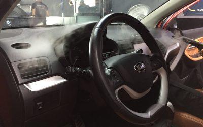 Cần làm gì để khử mùi nội thất xe ô tô hiệu quả