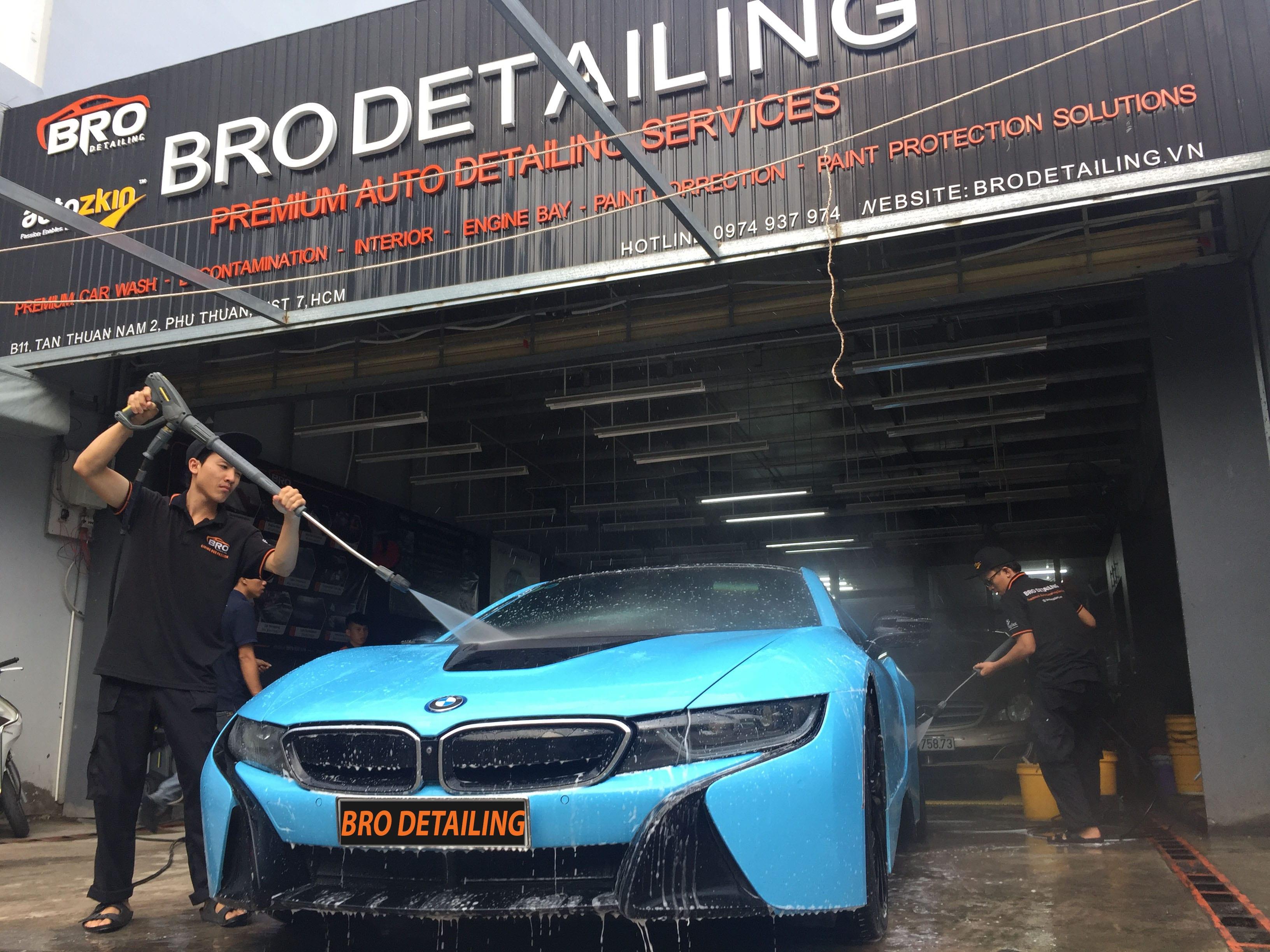 rửa xe tại Bro Detailing