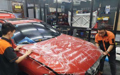 Có nên dán phim PPF hay bị va chạm thì sơn lại xe?